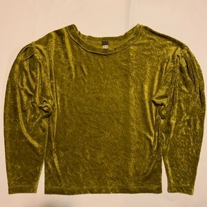 Free People we the free Size S velvet like top